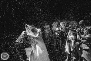"""Foto de: <a href=""""https://fotografos-de-boda.net/porfolio/llamazaresfoto-2/"""" target=""""blank""""> Llamazares Foto</a>"""