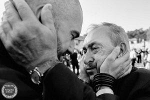 "Foto de:<a href=porfolio/pajaros-en-mi-cabeza/ target=""blank""> Eduardo Banga </a>"